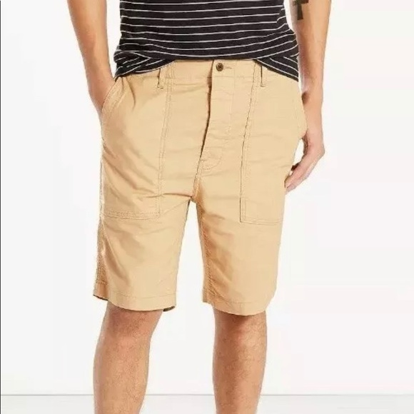 Levi's Other - Levis cotton utility shorts chino color waist 34